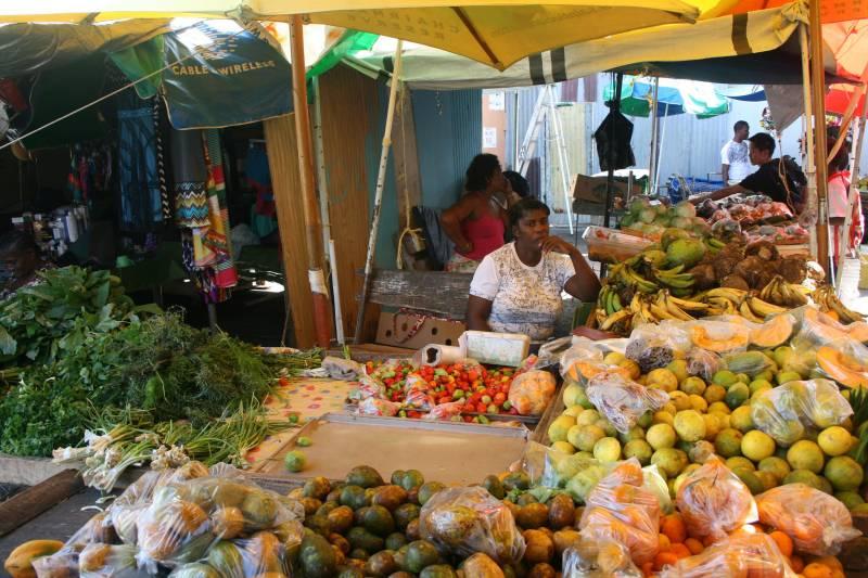 ตลาด แคสตรีส์, เซนต์ลูเซีย